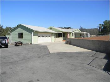 Pinehurst Real Estate on Ca 92040  Usa   Private  Eucalyptus Hills Home   Real Estate Listing
