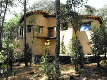 Sierra Madre Mountains Lake Area Village Retreat, Mexico, ME