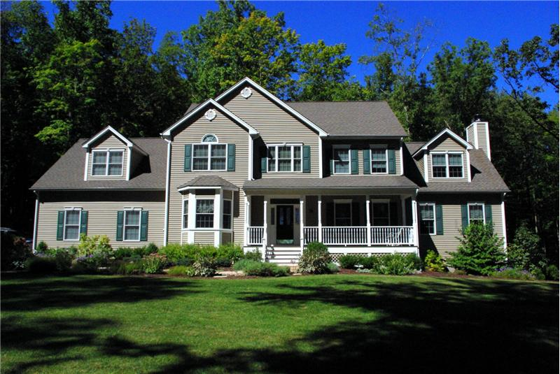 Spectacular 4 Bedroom Colonial