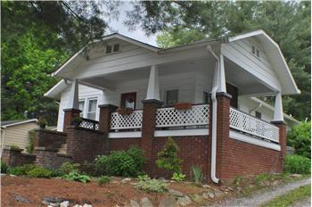 1207 Willow Road, Hendersonville, NC