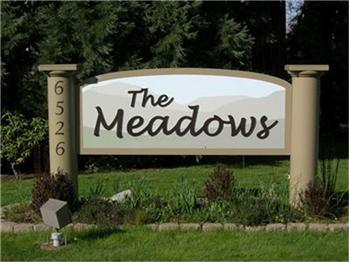 The Meadows Redmond WA entrance