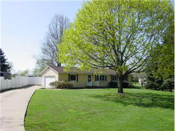 4552 Mayfair Rd, Uniontown, OH
