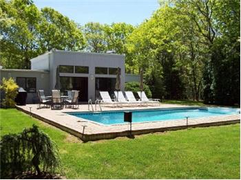 37 North Quarter Rd, Westhampton In the Hamptons, NY
