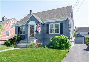 103 Seaside Avenue, Bridgeport, CT