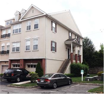 86 George Russell Way, Clifton, NJ