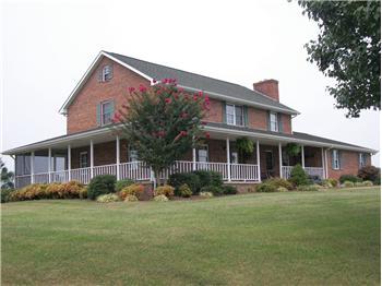 285 Carters Valley Rd, Mosheim, TN