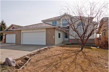 13 Lakeside Greens Close, Chestermere, AB