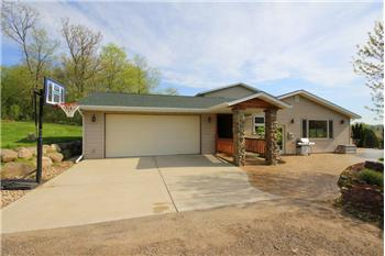 3883 Observatory Road, Cross Plains, WI