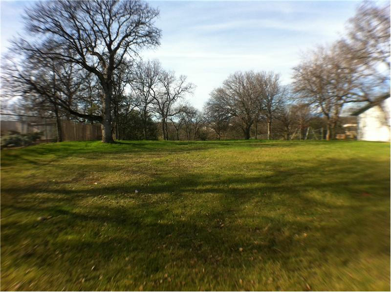 Green Belt Lot With Oak Treed Perimeter