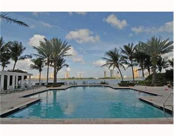  3245 NE 184th Street 13-208, Aventura, FL