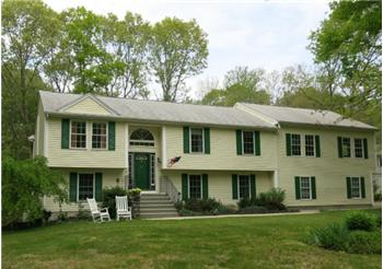 139 C Old Rose Hill Road, South Kingstown, RI