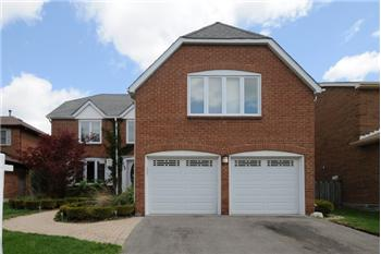 548 Braeburn Cres, Pickering, ON