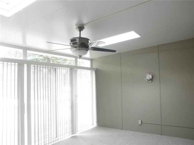 Sunroom with Fan