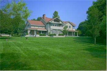 189 South Country Rd., Remsenburg, NY