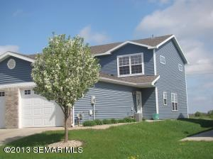 587 Pointe Ct SW, Rochester, MN