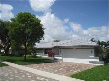 1741 W OAK KNOLL CIR, Davie, FL
