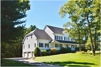 20 Summer Heights Drive, Franklin, MA